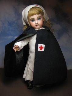My antique Premiere Bleuette in the Ambulance Nurse uniform. Juliette is my first Bleuette Premiere. Vintage Nurse, Vintage Medical, Vintage Dolls, Pretty Dolls, Beautiful Dolls, Nurse Costume, Bear Doll, Old Dolls, Dollhouse Dolls