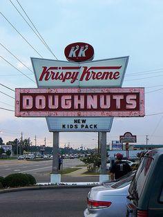 Fayetteville, NC Krispy Kreme Doughnuts sign | Flickr - Photo Sharing!