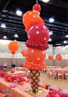 dessert balloon centerpieces: ice cream cones, lollipops - Monica💜 - Beyond Binary Balloon Arrangements, Balloon Centerpieces, Balloon Decorations Party, Birthday Decorations, Balloon Ideas, Masquerade Centerpieces, Wedding Centerpieces, Floral Arrangements, Birthday Balloons