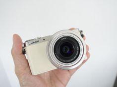 Panasonic Lumix DMC-GM1: Tiny camera with big specs