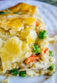 The BEST recipe for Chicken Pot Pie! Carrots, peas, and rotisserie chicken with a flavorful gravy, wrapped up in a buttery, flaky chicken pot pie crust! Shredded Chicken Recipes, Yummy Chicken Recipes, Double Crust Chicken Pot Pie Recipe, Dinner On A Budget, Dinner Ideas, Crusted Chicken, Dinner Dishes, Main Dishes, Leftover Turkey