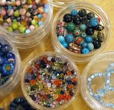 Le cotillon Canada's Largest Glass beads suppliers. We offer best service around the globe for Beads and Charms. Your  search ends here at lecotillon. Contact today at:- 450-538-2977