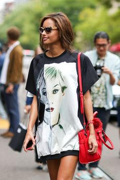 The Best Street Style Pics Of 2014 #refinery29  http://www.refinery29.com/street-style-pictures-outfit-ideas-best-of-2014#slide24  An oversized T-shirt and statement accessories make for the easiest weekend outfit.   This photo originally appeared here.