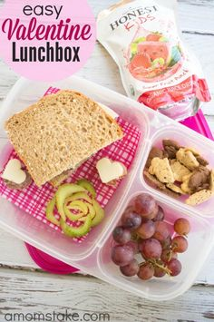 Simple and cute Valentine's Day lunchbox ideas for a healthy bento style lunch for kids!