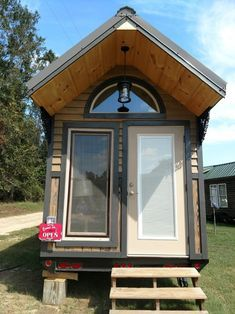 the lux 40 tiny house by hummingbird housing is a deluxe delight rh pinterest com 40' tiny house trailer 40 feet tiny house