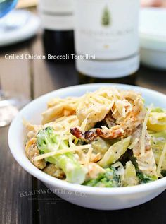 Grilled chicken, broccoli & tortellini in a creamy garlic cheese sauce makes this Grilled Chicken Broccoli Tortellini a delicious easy family dinner idea.