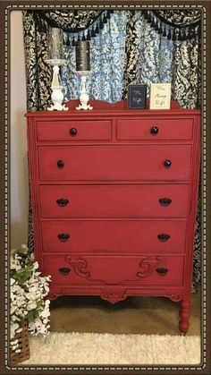 Ginger from Paint Me Pretty gave this chest a Dixie Belle makeover! This lovely transformation is courtesy of Dixie Belle Barn Red with a dark accent on the edges.  Love!