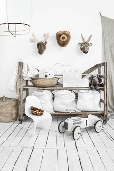 The Moose the Bear The reindeer and The Ice Bear animal heads from Wild and Soft natural basket from Aai Made With Love oversi.