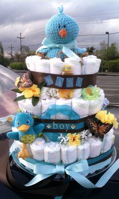 Little Birdie Diaper Cake  #babyshower #Huggies #diapercakes