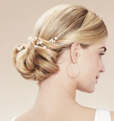 wedding-hair-styles-with-pearls-hair-pins.jpg (284×300)