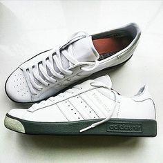 Psicólogo de Futbolistas Lo Delicado de las Relaciones Personales: www.youtube.com/... #Psicólogo #PsicólogoDeFutbolistas #PsicologíaDelDeporte Adidas Women's Shoes - http://amzn.to/2hIDmJZ