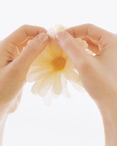 Flores de papel crepom no blog Detalhes Magicos 15