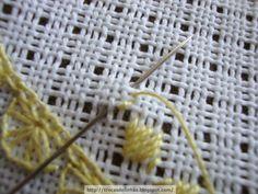 Oi meninas(os) Bom dia!!!!!  Meu primeiro bordado Ricamo d'assia, adorei fazer, não sei ainda o que vou fazer com ele, mas com certeza vou a...