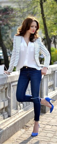 Moda casual primavera jeans denim jackets new Ideas Casual Work Outfit Summer, Casual Outfits, Fashion Outfits, Womens Fashion, Fashion Trends, Fashion 2017, Casual Shoes, Office Attire, Work Attire