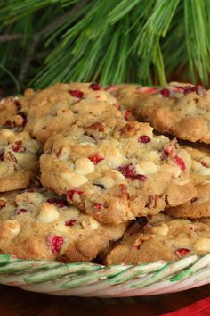 White Chocolate and Cranberry Cookies Dessert Recipe with brown sugar, white sugar, and brandy. Quick and easy and ready in 25 minutes. Yummy Cookies, Cupcake Cookies, Cupcakes, Mint Cookies, Oreo Cookies, Chip Cookies, Sugar Cookies, Holiday Baking, Christmas Baking