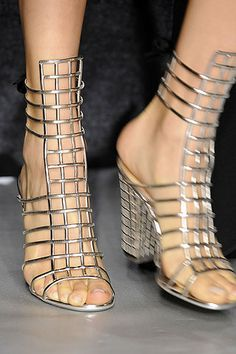 Spring 2009 Ready-to-Wear  Yves Saint Laurent #shoes
