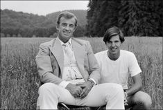 The special edition: Jean-Paul Belmondo : humus — LiveJournal Belle Photo, Jeans, Father, Cinema, Couple Photos, Couples, Movies, Amazing Photos, Biography