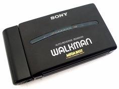 SONY WM-190 Walkman Tape Player - cyan74.com vintage and pop culture shop