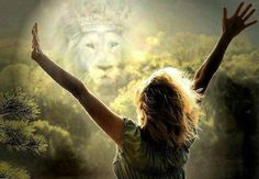 Wow, power in the king! Woman worshipping King of kings, Lion of Judah. Prophetic Art painting.