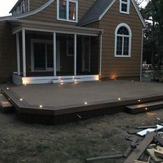 The best deck lighting ideas to illuminate your outdoor gatherings. You won't believe the transformation deck lights make to your backyard! Deck Building Plans, Deck Plans, Pergola Plans, Pergola Ideas, Patio Ideas, Pergola Kits, Backyard Ideas, Ground Level Deck, Laying Decking
