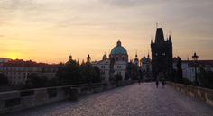 Most Karola w Pradze o świcie | ArchiTrav