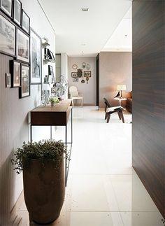 집안에 복을 부르는 봄맞이 풍수인테리어 요령 15개 Home Furniture, Cool Designs, Ikea, Beautiful Places, Interior Decorating, Entryway, Photo Wall, Gallery Wall, Flooring