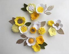 Hand made white/lemon felt 3d flowers/roses & glitter leaves. Felt flower crown, flower headband, flower garland, baby headband, felt posies