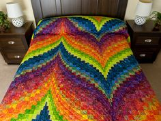 Bargello Flame Quilt -- magnificent specially made Amish Quilts from Lancaster (hs7485)