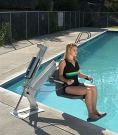 This is an hydraulic pool lift.  It has a 450 lb. lift capacity into up to 6 feet of water.