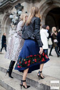 They Are Wearing: Paris Fashion Week Photo by Kuba Dabrowski #viaGlamour