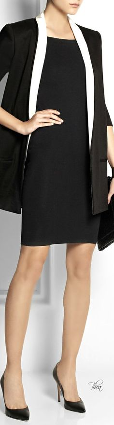 Burberry London ● knitted stretch dress