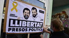 Protest für katalonische Separatisten Jordi Sànchez und Jordi Cuixart