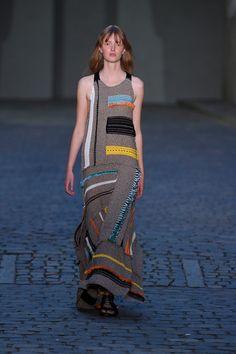 Lala Berlin коллекция   Коллекции весна-лето 2017   Копенгаген   VOGUE  Модные Вязаные Вещи e8377dc0fa1