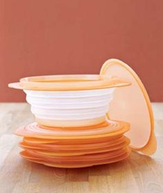 Kitchen Gadgets Love these collapsable bowls!Love these collapsable bowls! Camping Gadgets, Home Gadgets, Camping Hacks, Kitchen Gadgets, Camping Ideas, Kitchen Tools, Kitchen Utensils, Tent Camping, Kitchen Stuff
