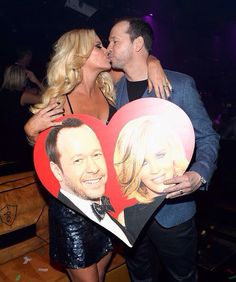 Donnie Wahlberg and Jenny McCarthy Celebrity Couples, Celebrity Weddings, Wedding Couples, Cute Couples, Donnie And Jenny, Bridget Moynahan, Jenny Mccarthy, Tv Show Music, Donnie Wahlberg