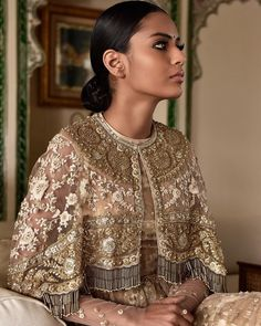 Trendy ideas for sabyasachi bridal couture indian Pakistani Dresses, Indian Dresses, Indian Outfits, Indian Bridal Couture, Desi Clothes, Cape Dress, Glamour, Sabyasachi, Indian Designer Wear
