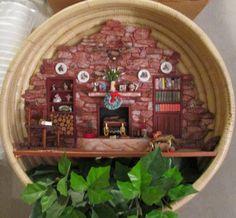 MiNiaTuRe CHRiSTMaS SCeNe inside a BaSKeT