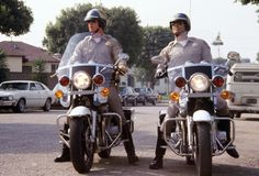 """Chips"" - loved this show! All cops should look like these two! Larry Wilcox, Tv Show Logos, Jesus Is Risen, Cop Show, Old Shows, Old Tv, Classic Tv, Best Tv, Favorite Tv Shows"