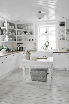 Granite & Stainless: On Their Way Out? - 6 (other) Ways to Get Your Kitchen Noticed - Buying Boston - Boston.com