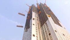Mini Sky City: el edificio prefabricado más alto de mundo. La constructora Broad Sustainable Buildings ha completado una torre de apartamentos de 57 plantas, siendo el edificio prefabricado más alto del mundo. Su construcción no ha generado polvo, se ha realizado íntegramente en taller, y luego se han trasladado las piezas en camión. Este método ha evitado la fabricación de 15.000 camiones de hormigón armado.  #Arquitectura, #Sostenibilidad, #Vídeos
