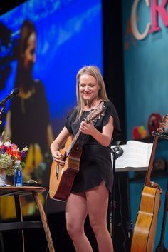 2014 Keynote Speaker and ISPA Alex Szekely Humanitarian Award recipient Jewel blew us away at Conference with her story and songs. #ispadoyou #ISPA2014