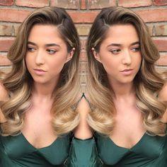 ✔ Hair Wedding Veil Old Hollywood Down Hairstyles, Bride Hairstyles, Side Curls Hairstyles, Evening Hairstyles, Princess Hairstyles, Updo Hairstyle, Hollywood Glam Hair, Old Hollywood Hairstyles, Old Hollywood Makeup