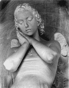 Sleeping Angel Angel Of The Morning, Catholic Religion, Angels Among Us, Angel Statues, Guardian Angels, Angel Art, Beautiful Creatures, Bronze, Angel Paintings