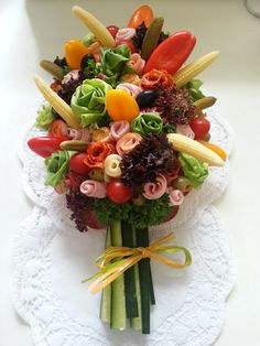 Discover thousands of images about Antipasto bouquet platter Meat Platter, Food Platters, Kreative Snacks, Appetizer Recipes, Appetizers, Food Carving, Food Crafts, Fruit And Veg, Food Humor