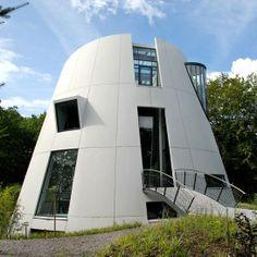 A futuristic retreat in Beekbergen, The Netherlands