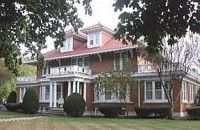 Maple Leaf Inn Bed and Breakfast in Waterloo, Indiana