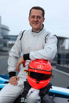 Michael Schumacher GP2 test day 1  My favourite racer ever...the best. <3