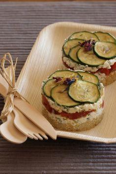 #YummyPoivron - Mille-feuille quinoa, chèvre et légumes marinés