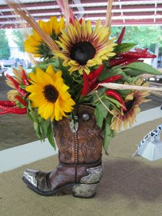 cowboy boot flower  | Cowboy Boot Flower Arrangement