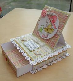 Welcome to my blog: Easel card with Drawer